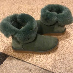 Ugg's size 8